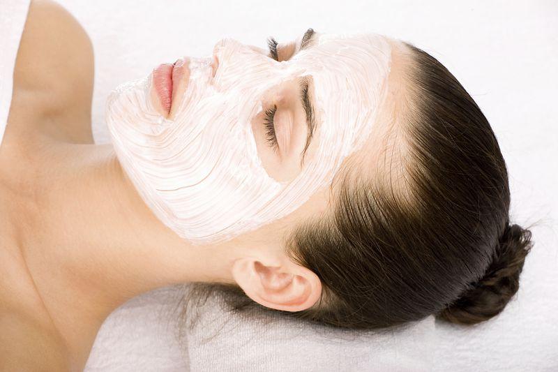 Cách dùng mặt nạ ngủ như thế nào là đúng để có làn da mặt đẹp nhất?